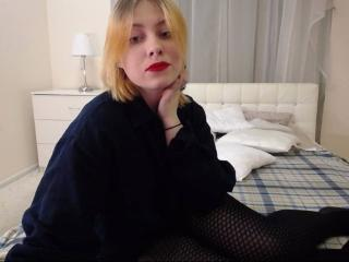 Gallery picture of RosieBlond