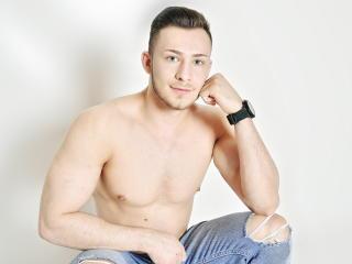 Sexy nude photo of EthanEverhard