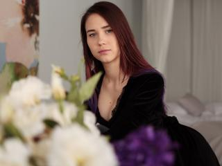 ElenaGlorious - Sexy live show with sex cam on XloveCam®