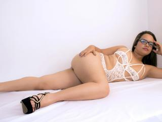 Litzydouce - Sexy live show with sex cam on XloveCam®