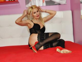 Tamyrra - Sexy live show with sex cam on XloveCam®