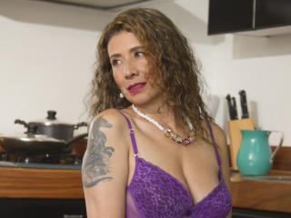 JuliiaLove - Live Sex Cam - 6512052