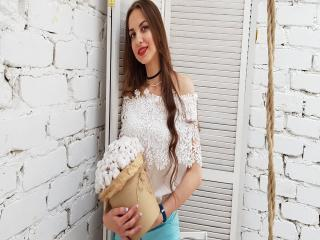 MaryLisette - Web cam hot with a medium rack 18+ teen woman