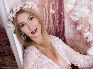 LadyLea - online chat hard with this White MILF