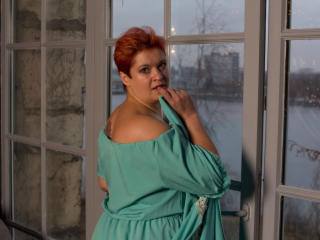 MiaDouce - Webcam exciting with this European Lady