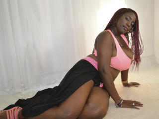 PearlSexy - Cam nude with a giant jugs Young lady
