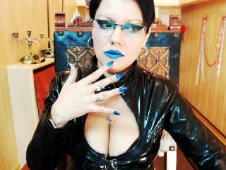 Photo de profil sexy du modèle DomAnasstasia, pour un live show webcam très hot !