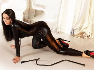 Picture of the sexy profile of MistressRaaven, for a very hot webcam live show !