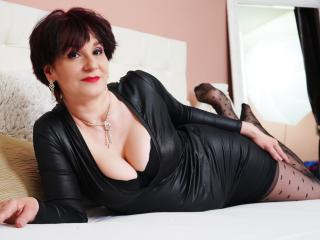 Photo de profil sexy du modèle AlbertaAllen, pour un live show webcam très hot !
