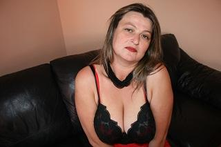 Picture of the sexy profile of MilfSquirting, for a very hot webcam live show !