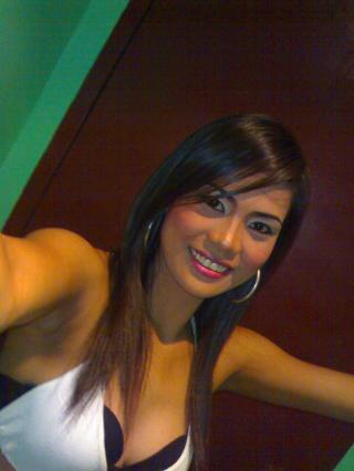Photo de profil sexy du modèle SexyHotJoy, pour un live show webcam très hot !