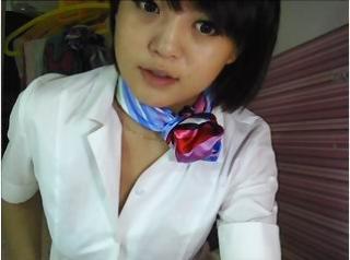 Photo de profil sexy du modèle Mingming02, pour un live show webcam très hot !