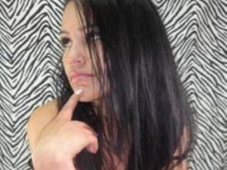 Abigail69 - Show live hot with a dark hair Lady