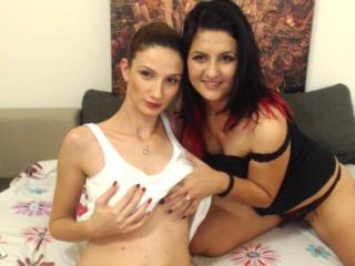 Hình ảnh đại diện sexy của người mẫu BellesDives để phục vụ một show webcam trực tuyến vô cùng nóng bỏng!