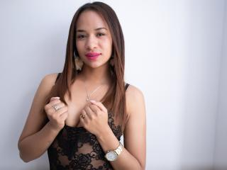 AmyWatson - Chat live sexy with this brunet X babe