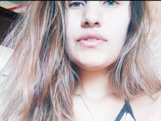 Photo de profil sexy du modèle PeggyBenson, pour un live show webcam très hot !