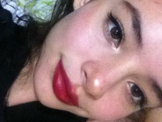 Foto del profilo sexy della modella ShantallBabe, per uno show live webcam molto piccante!