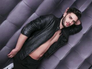 Foto de perfil sexi, da modelo AnthonyLopez, para um live show webcam muito quente!
