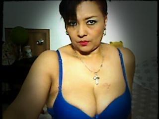 Foto de perfil sexi, da modelo KarlaErotik, para um live show webcam muito quente!
